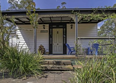 boobialla_cottage_front_view