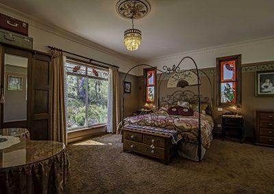 dianella_cottage_bedroom_view_2