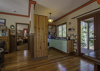 dianella_cottage_kitchen_and_lounge